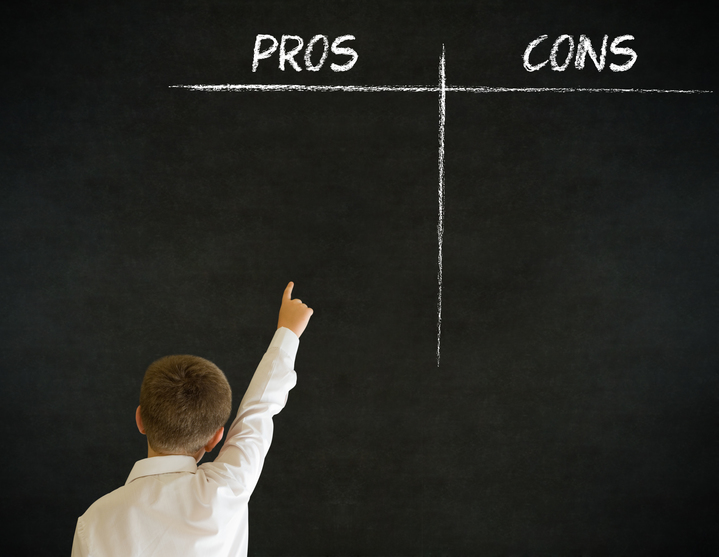 pros and cons of scom